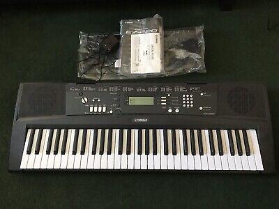 Yamaha Ez 220 Keyboard - 61 Keys - Virtually Brand New!