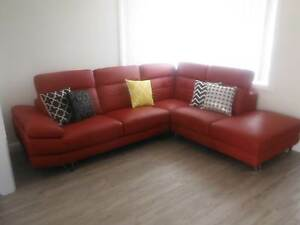 red wine leather lounge Freemans Reach Hawkesbury Area Preview