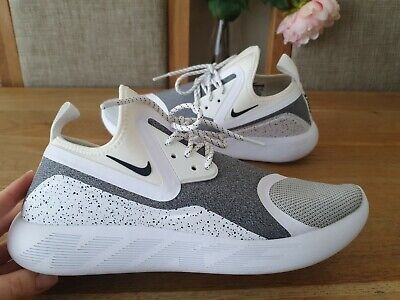 NIKE LUNARCHARGE ESSENTIAL TRAINERS MENS SIZE UK10 EUR45 GENUINE IMMACULATE