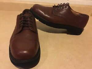 Men's Dockers Leather Dress Shoes Size 11