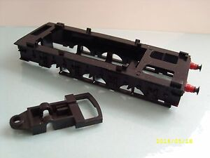 OO HORNBY L5143 A3/A4 TENDER FRAME WITH BOGIE FRAME, NEW OLD STOCK