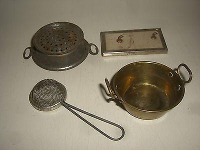 W185/  Puppenküchen Zubehör 4 Teile  Original um 1900 Durchmesser Schüssel  6 cm gebraucht kaufen  Deutschland
