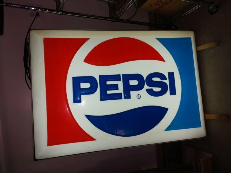 VINTAGE 1970s PEPSI PLASTIC / METAL STORE ADVERTISING LIGHTED DISPLAY SIGN