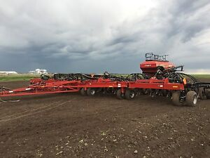 Case ih 700 with 580 cart