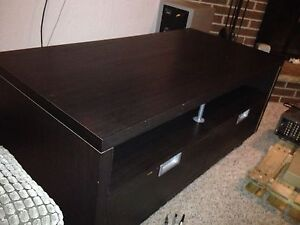 TV stand and coffee table Stratford Kitchener Area image 4