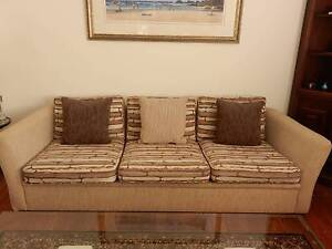 1x3 seater lounge and matching 1x2 seater lounge. Riverview Lane Cove Area Preview