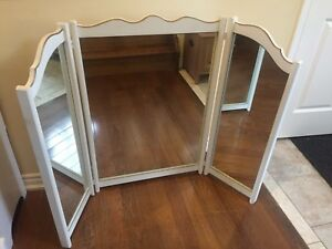 Beautiful French Provincial Dresser Mirror