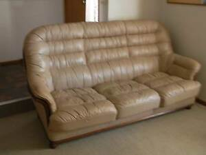 Italian Leather Lounge Suite Geelong Geelong City Preview