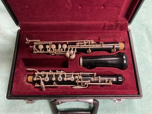 Yamaha YOB-211 Student Oboe, Great Condition, Made in Japan w/ Original Case