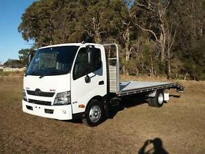 2017 HINO 616 AUTO WITH ALLOY BEAVERTAIL TRAY Albion Park Rail Shellharbour Area Preview