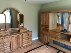 Headboard unit and nightstand with mirrors + dresser