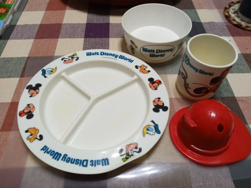 VTG.MICKEY MOUSE FIREMAN SIPPY MUG/CUP..w HAT TOP..WALT DISNEY with plate & bowl