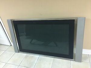 "70"" Sony Wega Flat Screen TV"