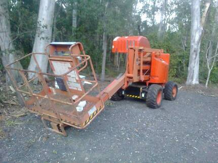 genie knuckle boom lift 4wd self propelled cherry picker Capalaba Brisbane South East Preview
