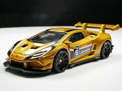 2016 Lamborghini Huracán Super Trofeo 1/64 Scale Diecast Diorama Rare Car  Gold