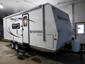 2011 Rockwood 2304 s 1 extension double