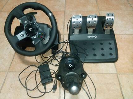 Logitech G920 Driving Force Racing Wheel for XBoxOne