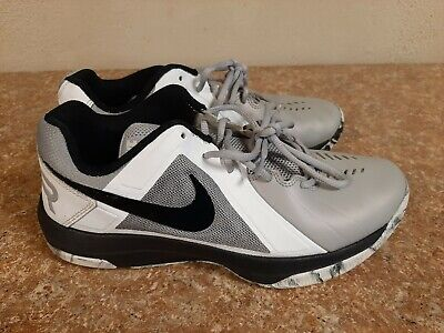 men's size 8.5 Nike Air basketball shoes
