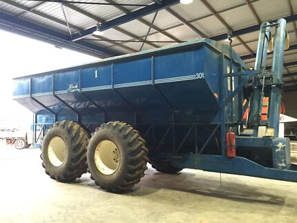 Finch seed/super/chaser bin for sale Moora Moora Area Preview
