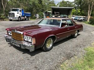 Chrysler Newport 1977
