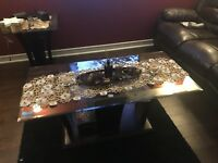 Coffee table and side table for sale