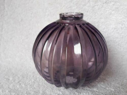 ANTIQUE - HARD TO FIND - PURPLE SHARP PLEATED GLASS LIGHTING ROD BALL /GLOBE