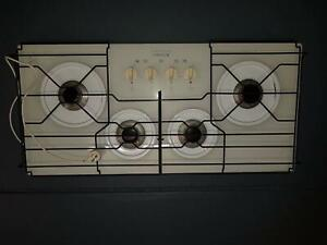 Gas Cooktop Chef White Glass 900mm Good Condition Windang Wollongong Area Preview