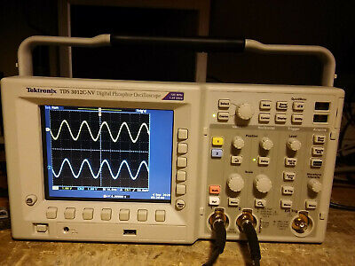 26 Hours Tektronix Tds3052c 500 Mhz 5gss 2 Channel Oscilloscope Dso.
