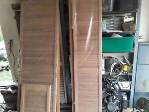 Charmant LOUVERED CUPBOARD DOORS NEW QTY 12 DIFFERENT SIZES GOOD