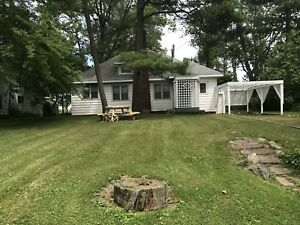 Cottage for rent in rondeau park.