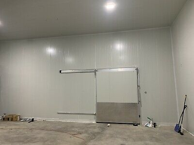Walk-in Cooler Walk In Freezer Combo 80 By 38 By 17 Brand New 4 Sliding Doors