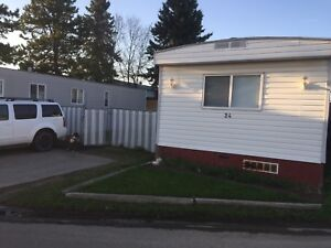 Mobile home for sale in Morinville! Reduced!