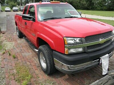 2003 Chevrolet Silverado 2500  2003 Chevrolet Silverado HD 2 wheel drive long bed 8'ft Duramax Diesel truck