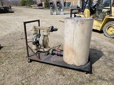 Wilden 2.5 Polypropylene Pneumatic Diaphragm Pump On Cart Wreclaim Barrel