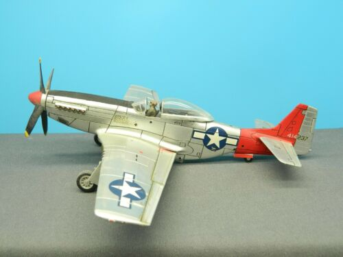 1/48 BUILT Model Aircraft P-51D MUSTANG BUBBLE TOP NATURAL METAL FINISH