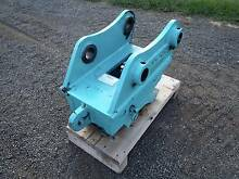 TITAN QUICK HITCH SUIT KOBELCO SK135 SK135SR EXCAVATOR KOMATSU Austral Liverpool Area Preview