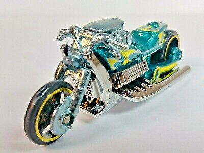 Hot Wheels 2009 Rebel Rides #1 AIRY 8 Motorcycle Metalflake Teal V-8 1/64 Loose