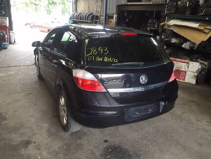 Holden Astra AH PARTS WRECKING DISMANTLING AVAILABLE