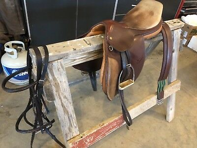 """Collegiate English Close Contact Saddle. 17"""",Bridle, Girth, and Leathers for sale  Spearfish"""