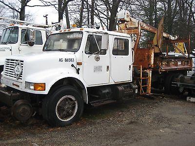 Crane Dump Truck