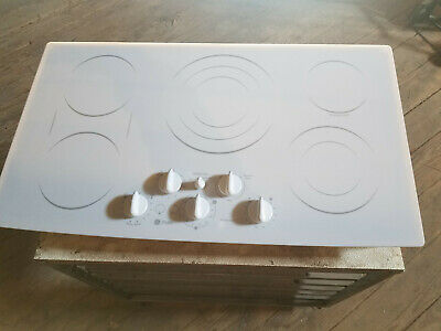 General Electric Pp962tm3ww Drop-in Radiant Cooktop Range120208 Volts Tested