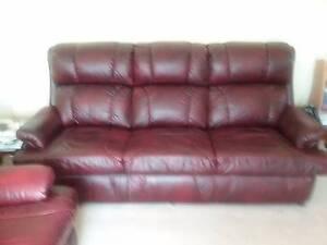 Italian leather 3X piece Lounge Suite,  colour Antique Red. Bridgewater Brighton Area Preview