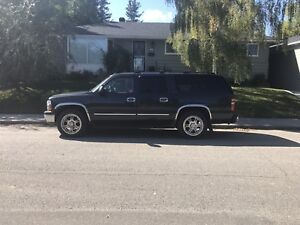 2004 Chevy Suburban LT 4x4 Leather $4500 OBO