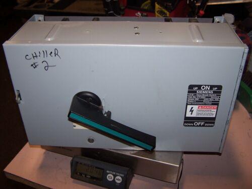 SIEMENS 200 AMP FUSIBLE VACU-BREAK SWITCH 3P 600 VAC V7F3604