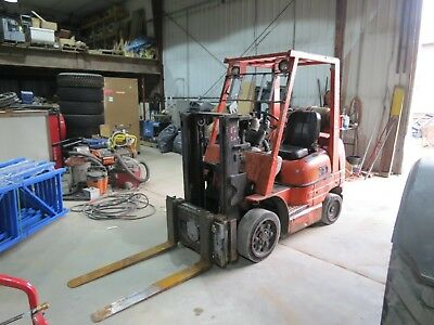 Toyota 6fgcu25 Forklift Lp Gas