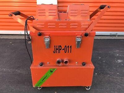 Concrete Dust Vacuum Has 2 Motors 330 Cfm