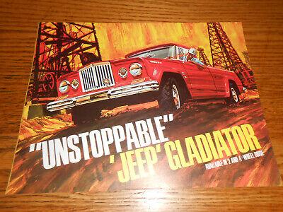 1965 1966 JEEP GLADIATOR PICKUP TRUCK BROCHURE / 65 66 CATALOG Form 65-02 R2