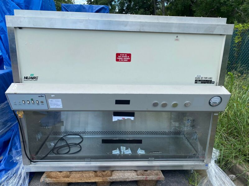 NUAIRE BIOLOGICAL SAFETY CABINET CLASS II TYPE A/B3 MODEL NU-425-600