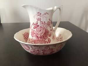 """Alfred Meakin """"Charlotte"""" pitcher and basin circa 1830"""
