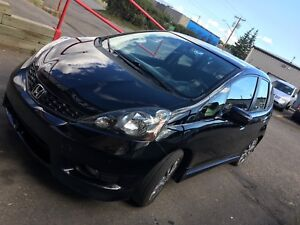 2013 Honda Fit Sport low mileage with heated seats